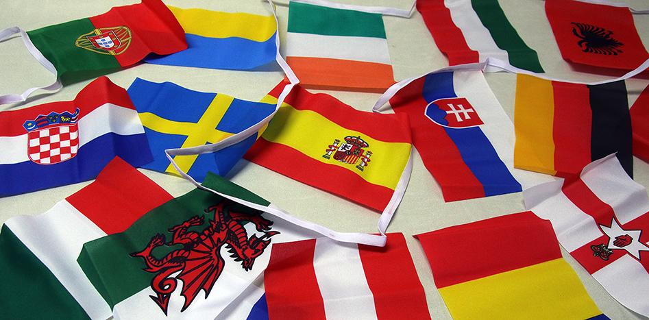 Flaggspel till Fotbolls EM 2016